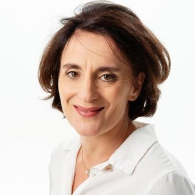 Agnes retrouve la France et la fait découvrir a sa famille chilienne - 16 01 2021 - StereoChic Radio cover