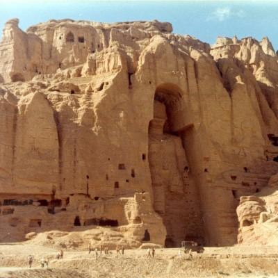 La vallée de Bamiyan en Afghanistan. Sophie Makariou cover