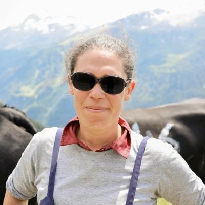 """#04 - Sandra Laude : """"Au niveau affectif, ces bêtes te donnent autant que tu leur donnes"""" cover"""