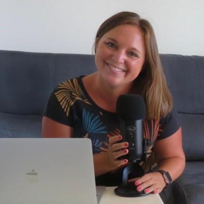Kelly présente son podcast Fill'Expats depuis la Guadeloupe - 20 07 2021 - StereoChic Radio cover
