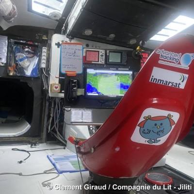 Clément Giraud - Confiné, il décrit ses conditions de vie a bord - Globe Trotter 08 04 - Janv 2021 - StereoChic Radio cover