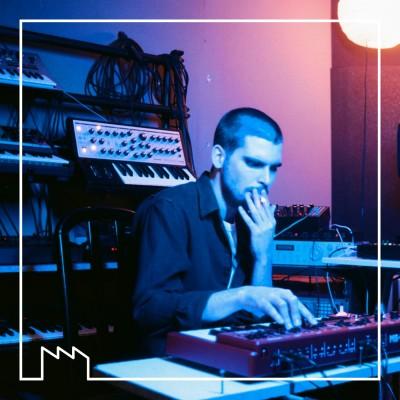 Set de Tour-Maubourg, producteur et DJ - enregistré dans les studios de Tsugi cover
