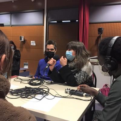 LES PORTE VOIX l Le podcast Bleu cover