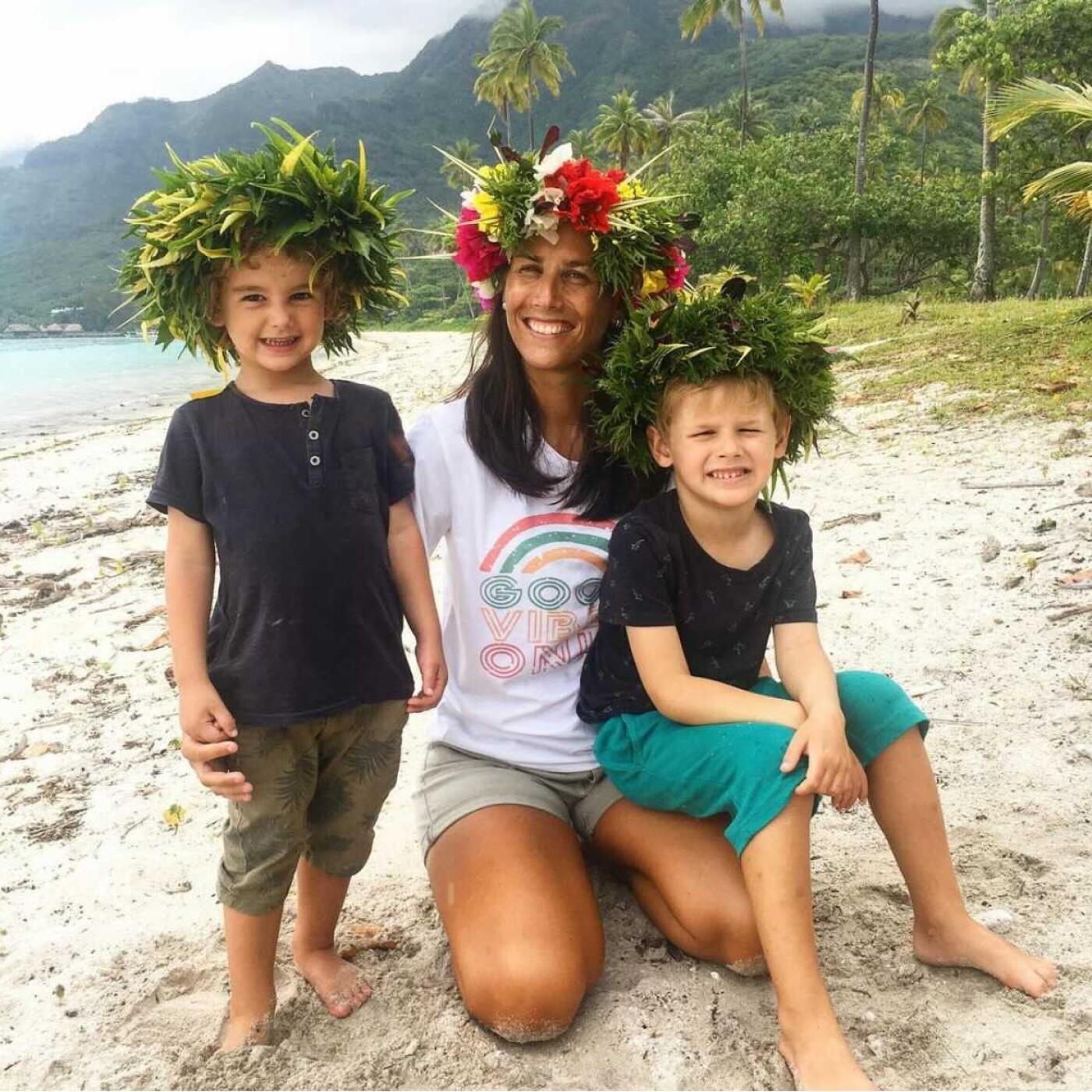 Coucou Les Filles #23 - Solene parle de sa vie a Tahiti - 31 03 2021 - StereoChic Radio