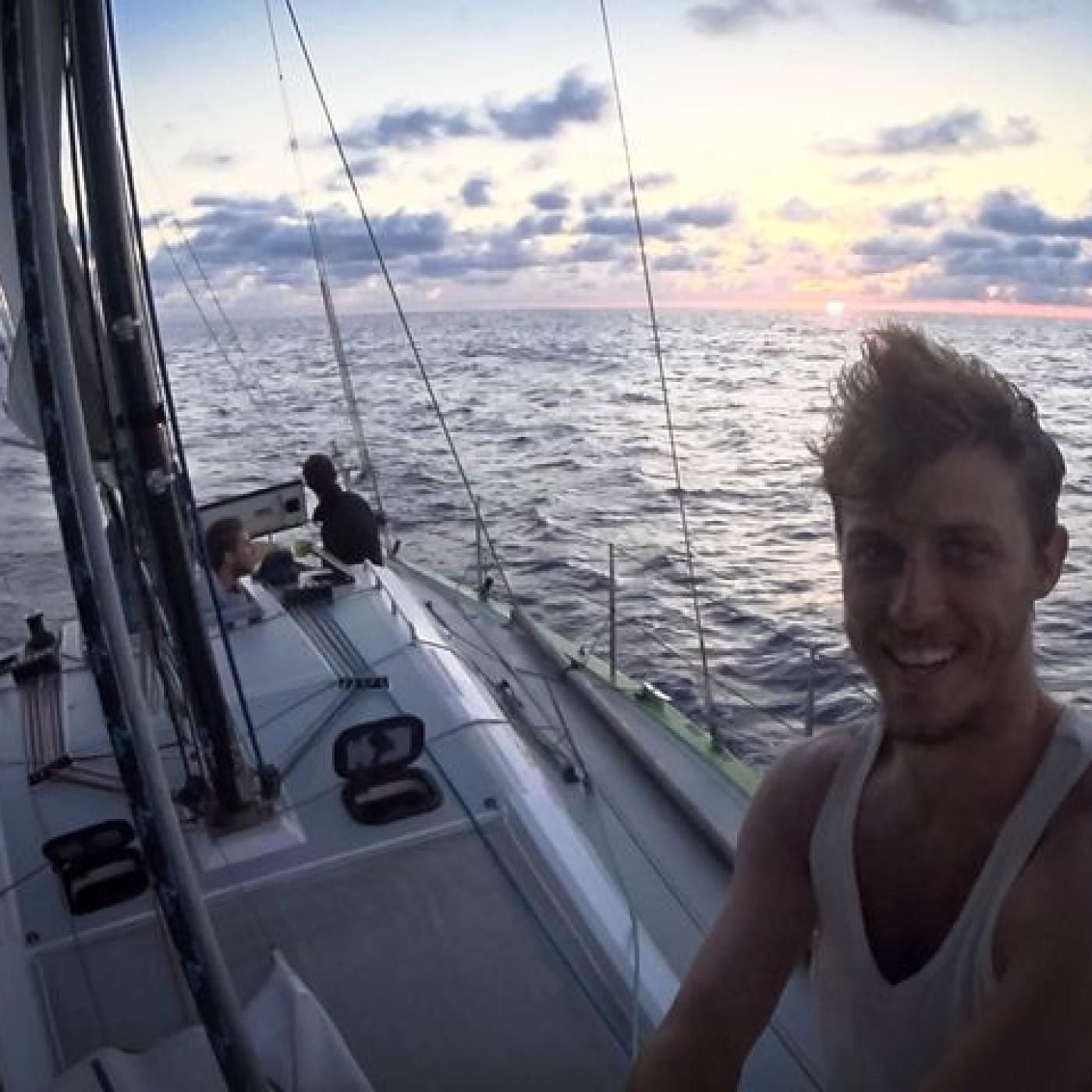 0203 - Globe Trotter : Capitaine Rémi & le voilier