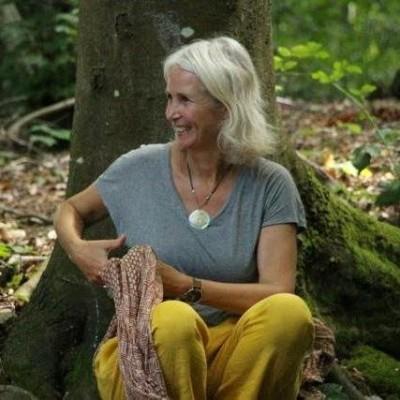 S02E13 Écoféminisme: sœurs en écologie, Pascale d'Erm (auteure, réalisatrice) cover