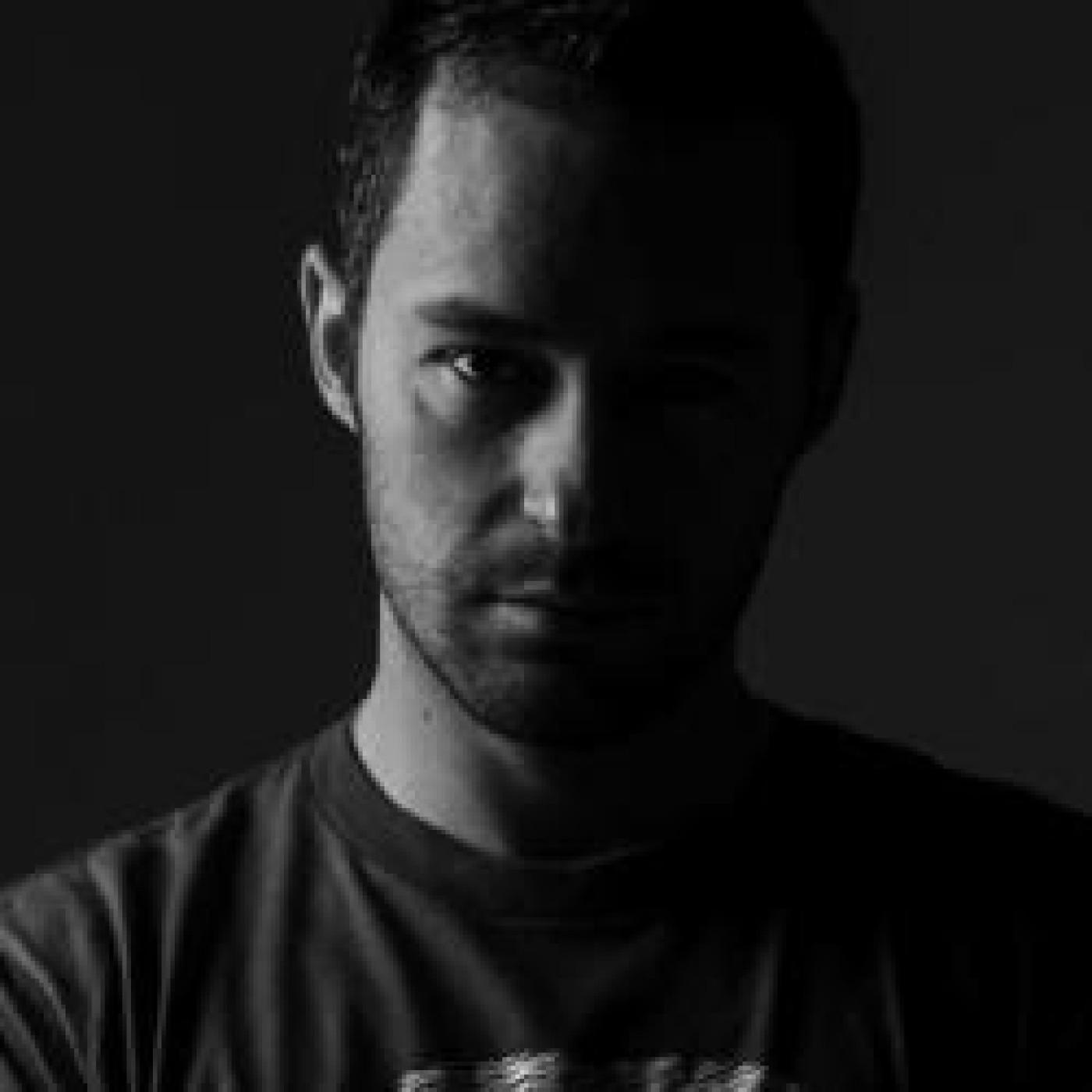 HAPPY HOUR DJ : LAURENT SCHARK