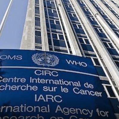 SANTE : Reportage au Centre de recherche contre le cancer de Lyon cover