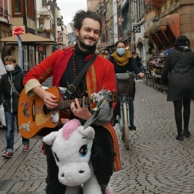 Licorne, monocycle et guitare avec la Brigade Anti-Morosité cover