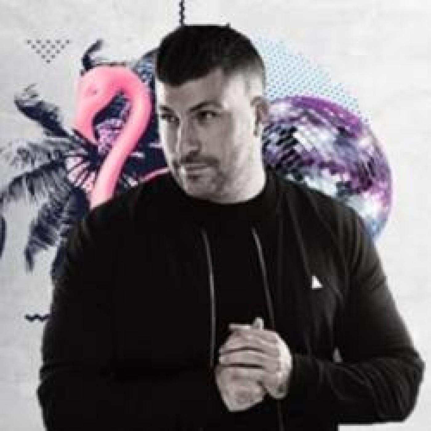 HAPPY HOUR DJ : LOUIS FEEN
